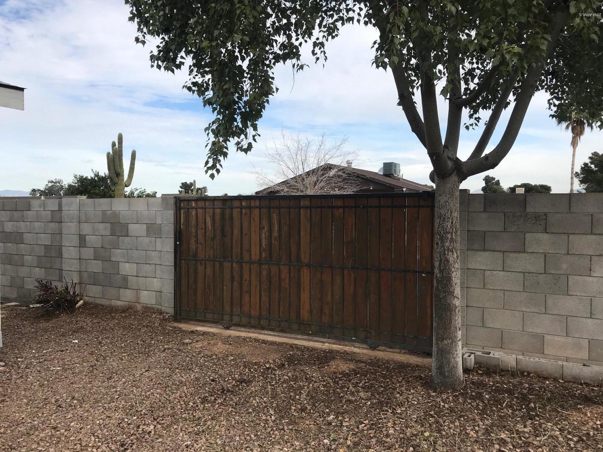 MLS 5874261 2547 E TONTO Lane, Phoenix, AZ Phoenix AZ Equestrian
