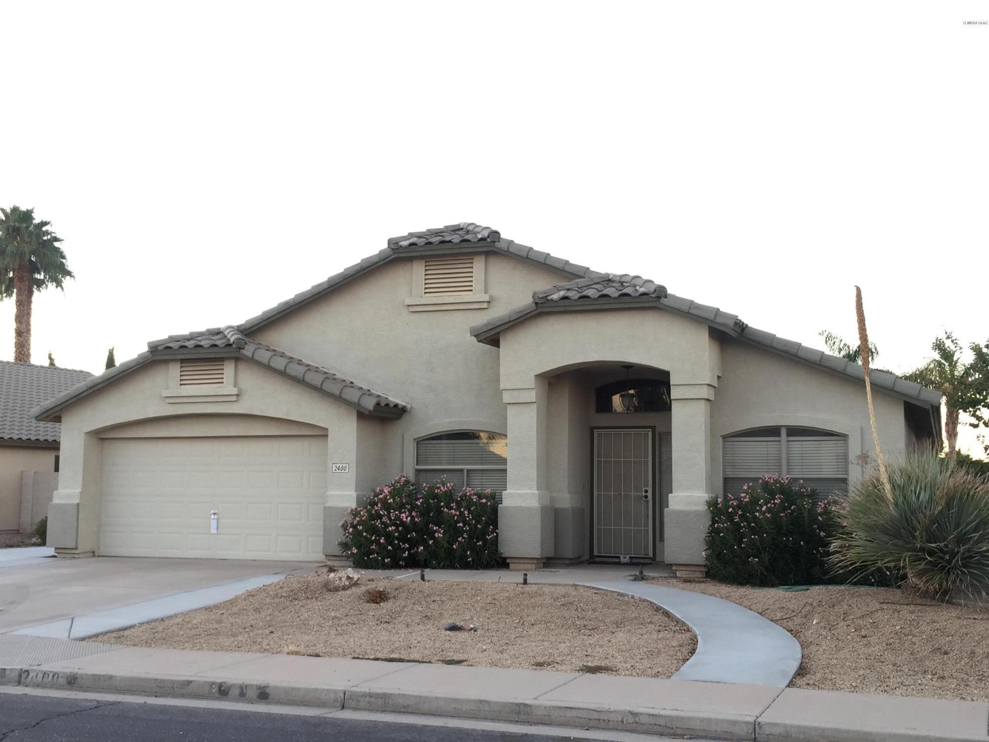 Photo of 2400 E WHITTEN Street, Chandler, AZ 85225