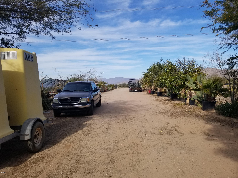 MLS 5875598 58307 W AMIGOS Lane, Maricopa, AZ Maricopa AZ Equestrian