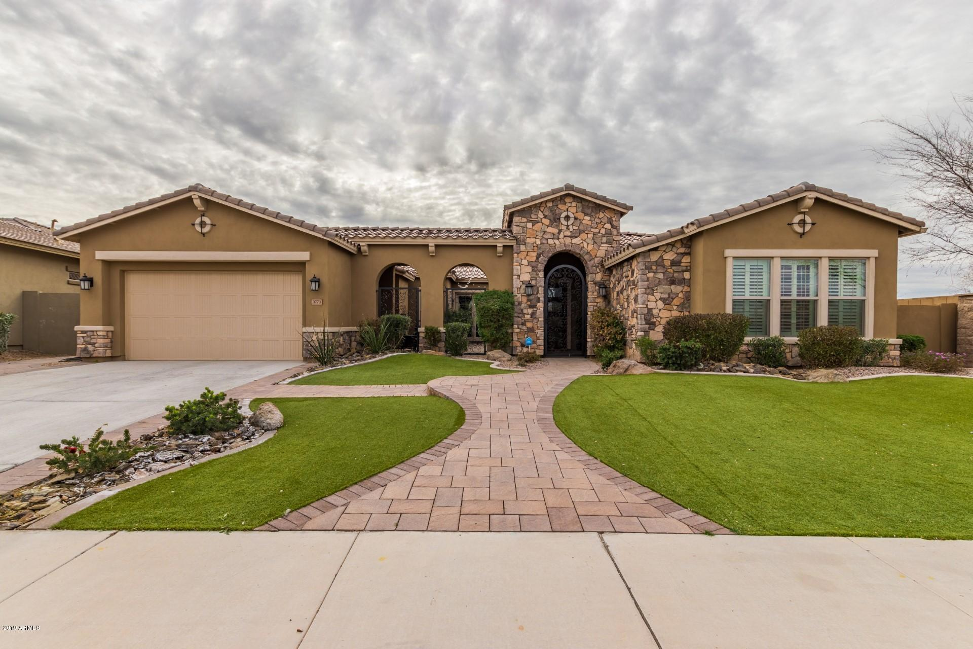 Photo of 3773 E CHESTNUT Lane, Gilbert, AZ 85298