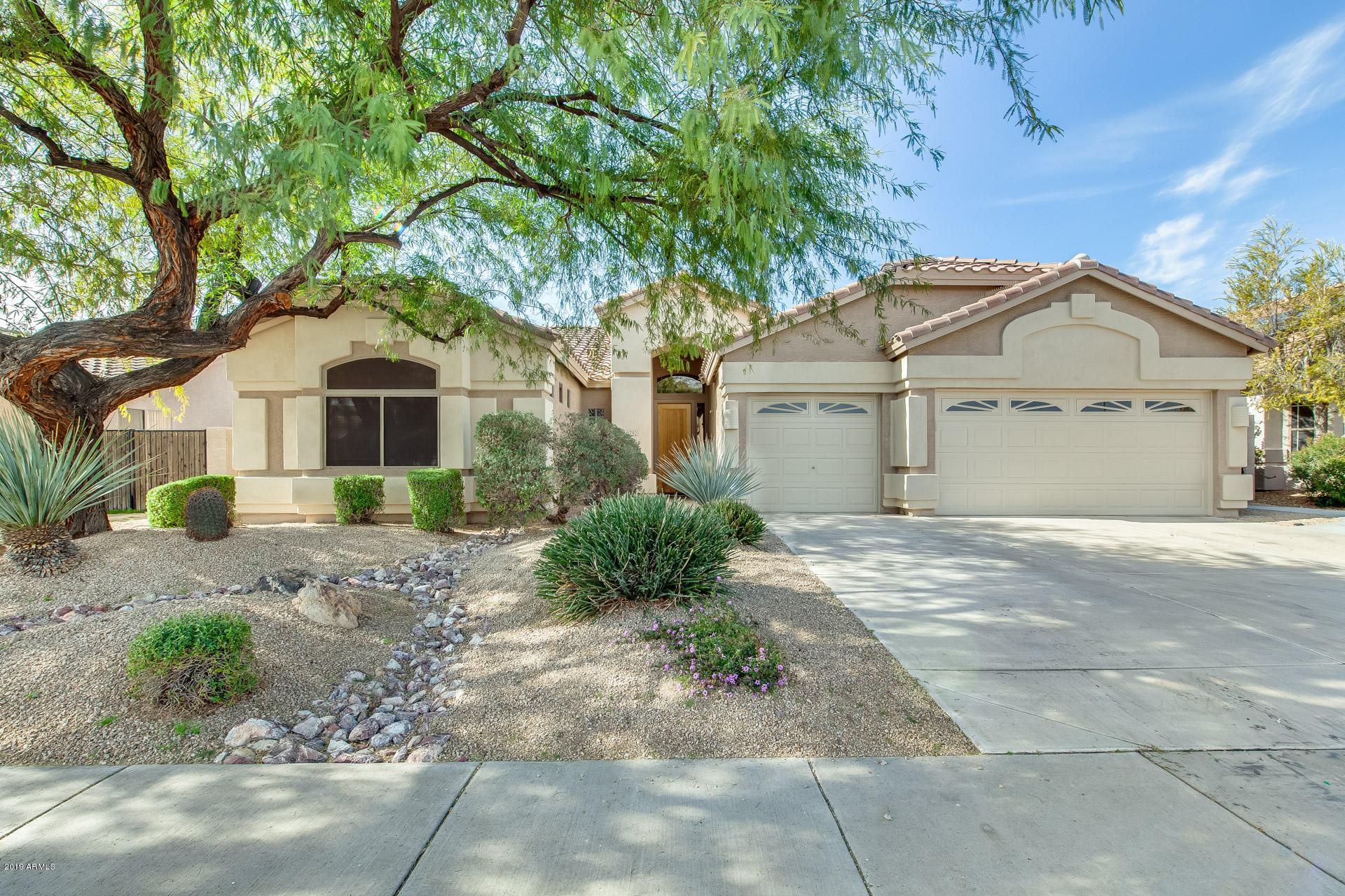 Photo of 21702 N 70TH Drive, Glendale, AZ 85308