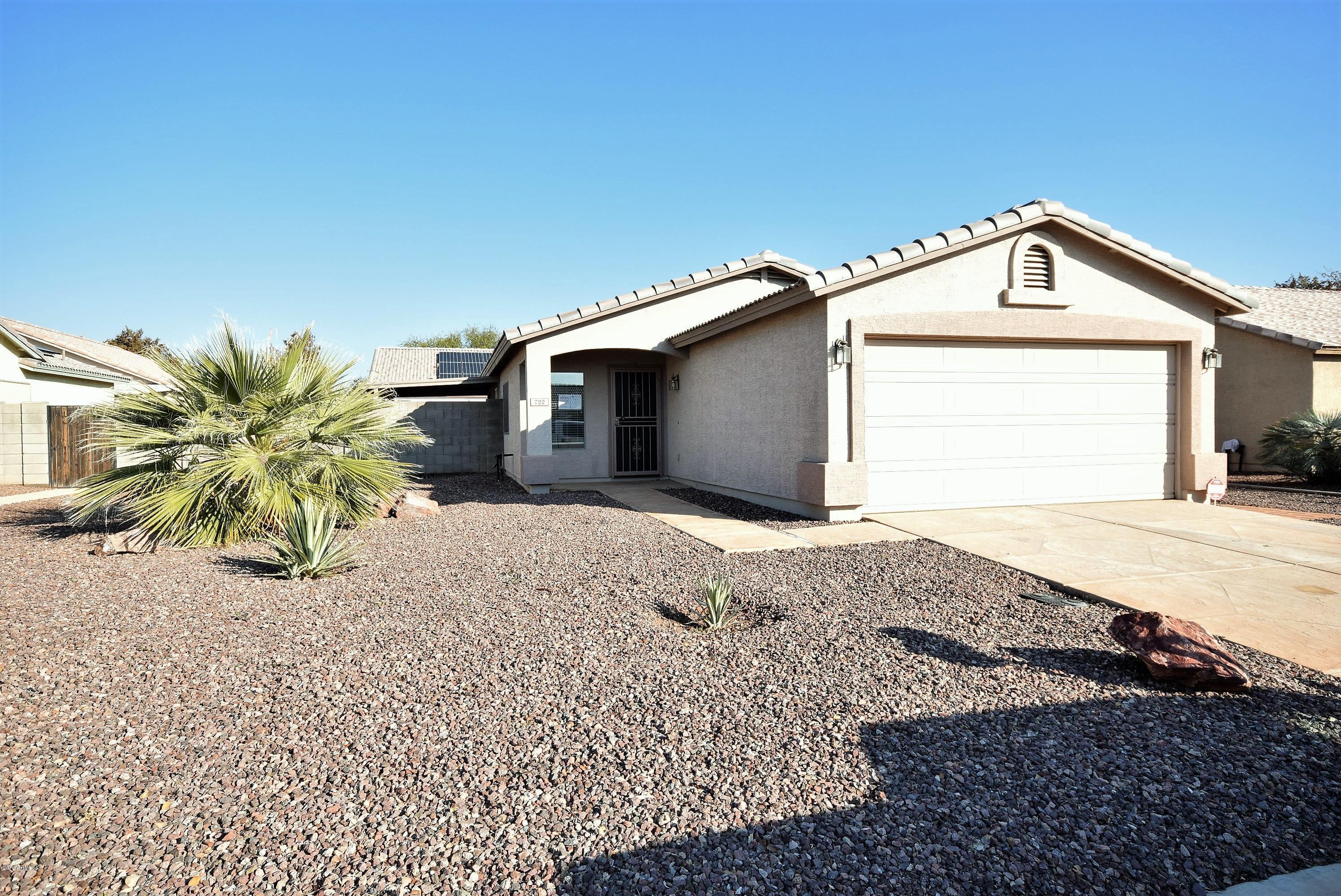 Photo of 722 E MAHONEY Circle, Buckeye, AZ 85326