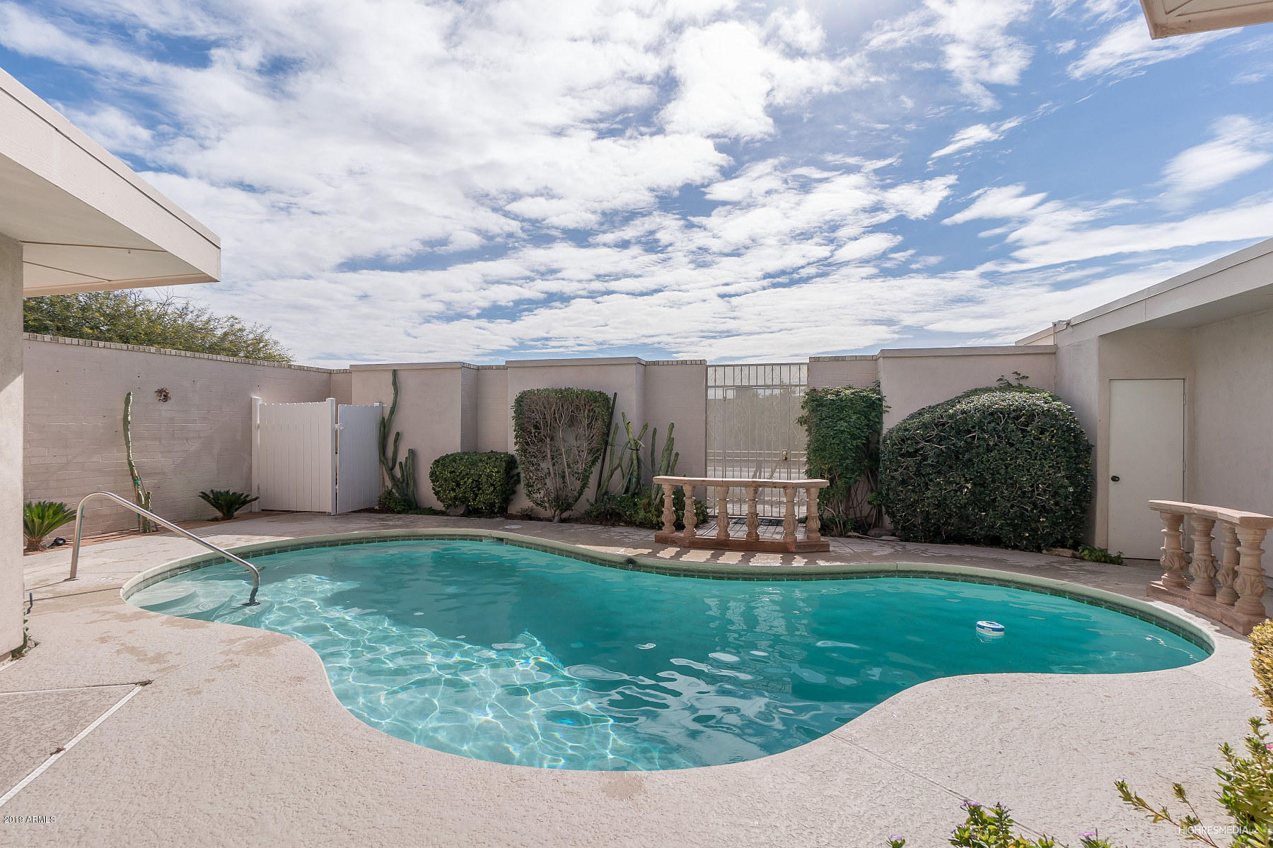 Photo of 10738 W PALMERAS Drive, Sun City, AZ 85373
