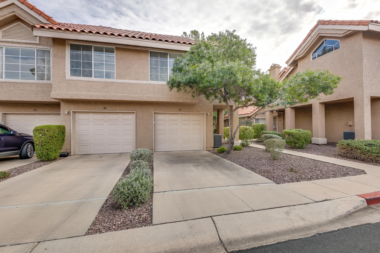 Photo of 1633 E LAKESIDE Drive #45, Gilbert, AZ 85234