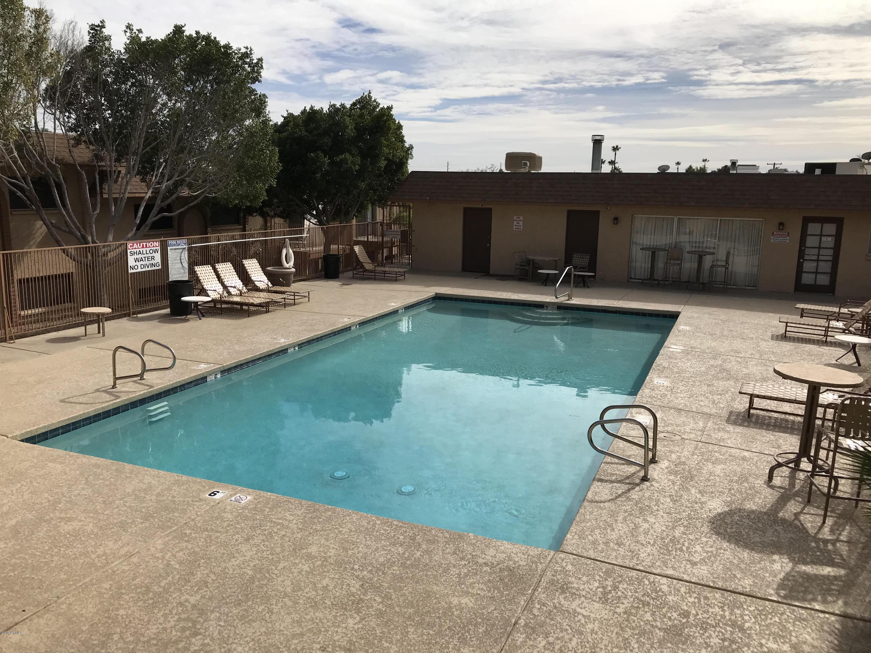 MLS 5876057 1130 E BUTLER Drive Unit D5, Phoenix, AZ Phoenix AZ Scenic