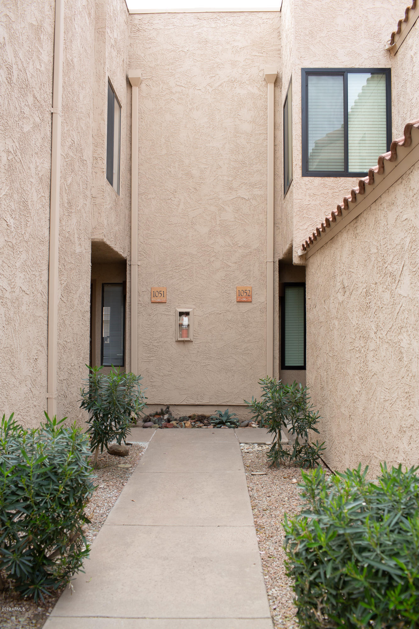 Photo of 10115 E MOUNTAIN VIEW Road #1052, Scottsdale, AZ 85258