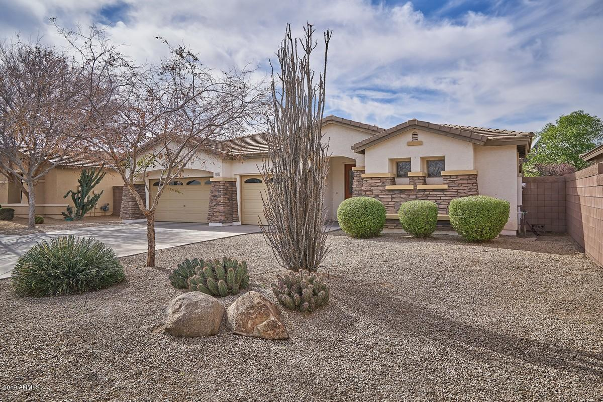 Photo of 2228 S CALIFORNIA Place, Chandler, AZ 85286