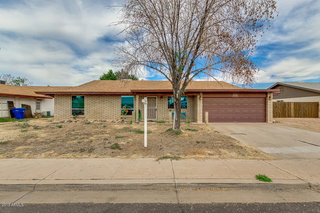 Photo of 1128 E GARNET Circle, Mesa, AZ 85204