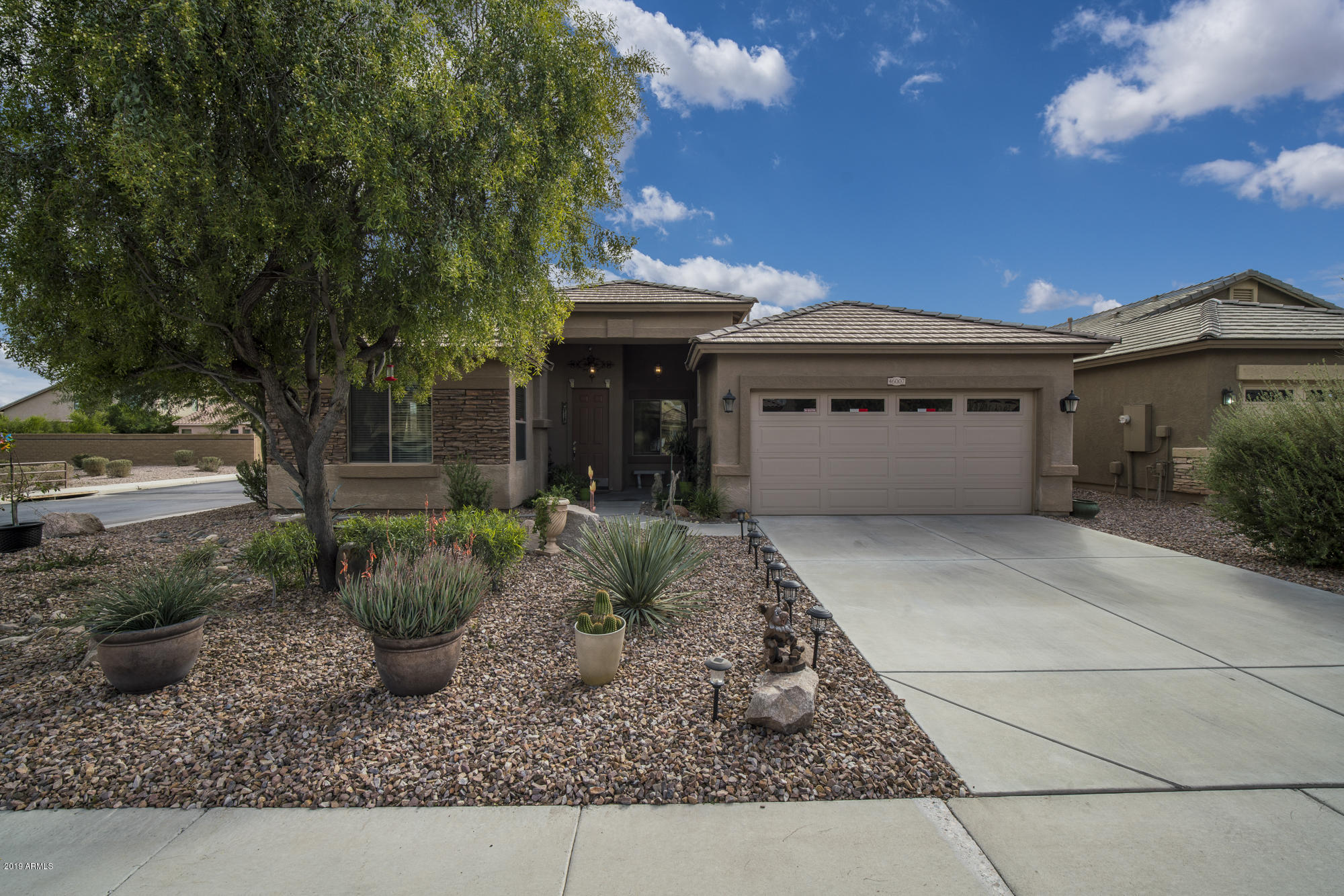 Photo of 46007 W RAINBOW Drive, Maricopa, AZ 85139