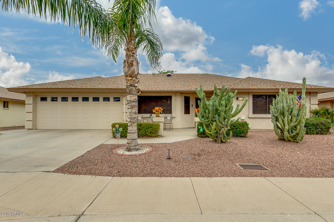 Photo of 2146 S OLIVEWOOD Avenue, Mesa, AZ 85209