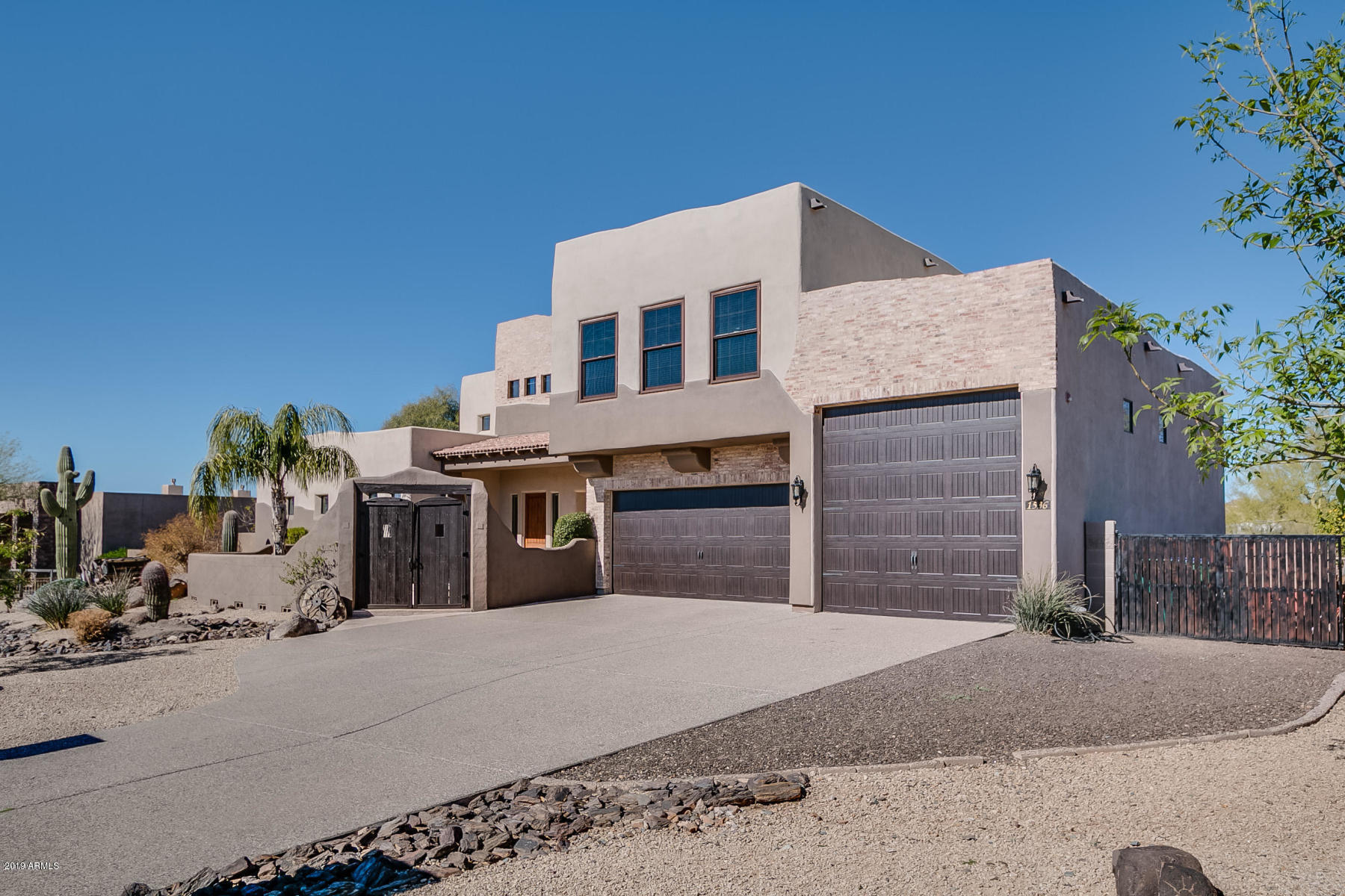 1536 E CHICKASAW Drive, Anthem, Arizona