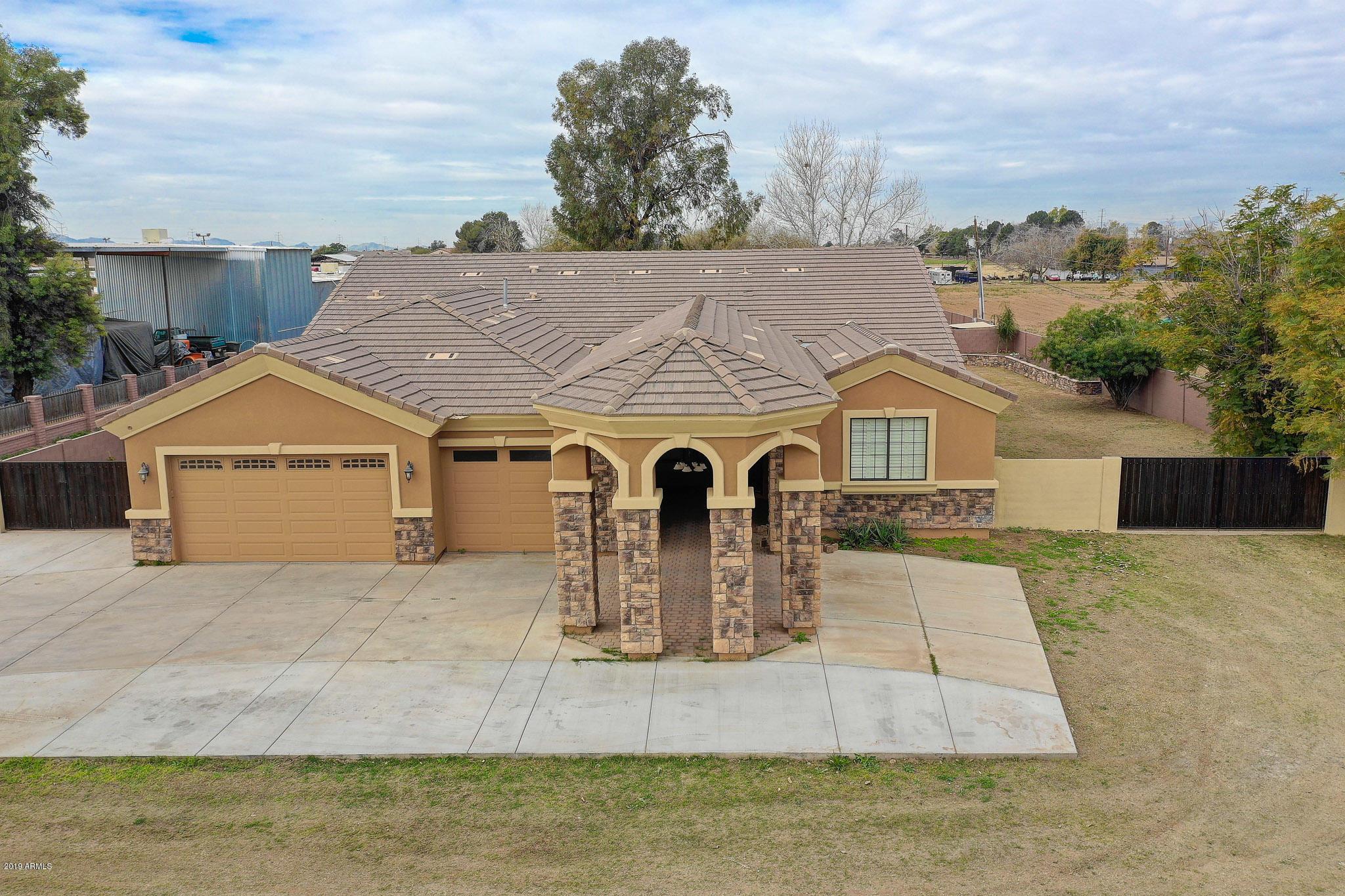 MLS 5875509 6706 W TIVOLI Way, Phoenix, AZ 85043 Phoenix AZ Estrella