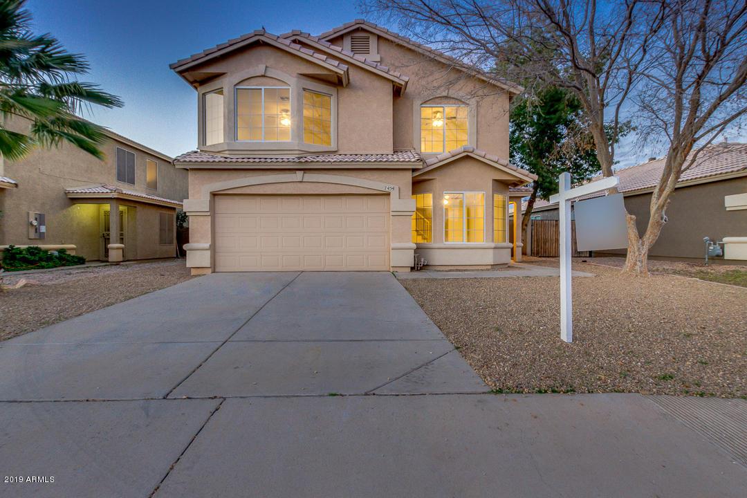 Photo of 7454 E NAVARRO Avenue, Mesa, AZ 85209