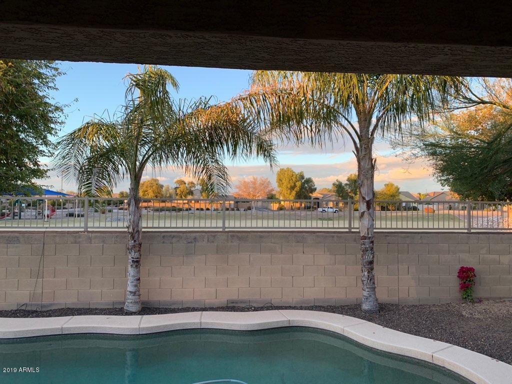 MLS 5878900 3456 E CLAXTON Avenue, Gilbert, AZ Gilbert AZ Golf Private Pool