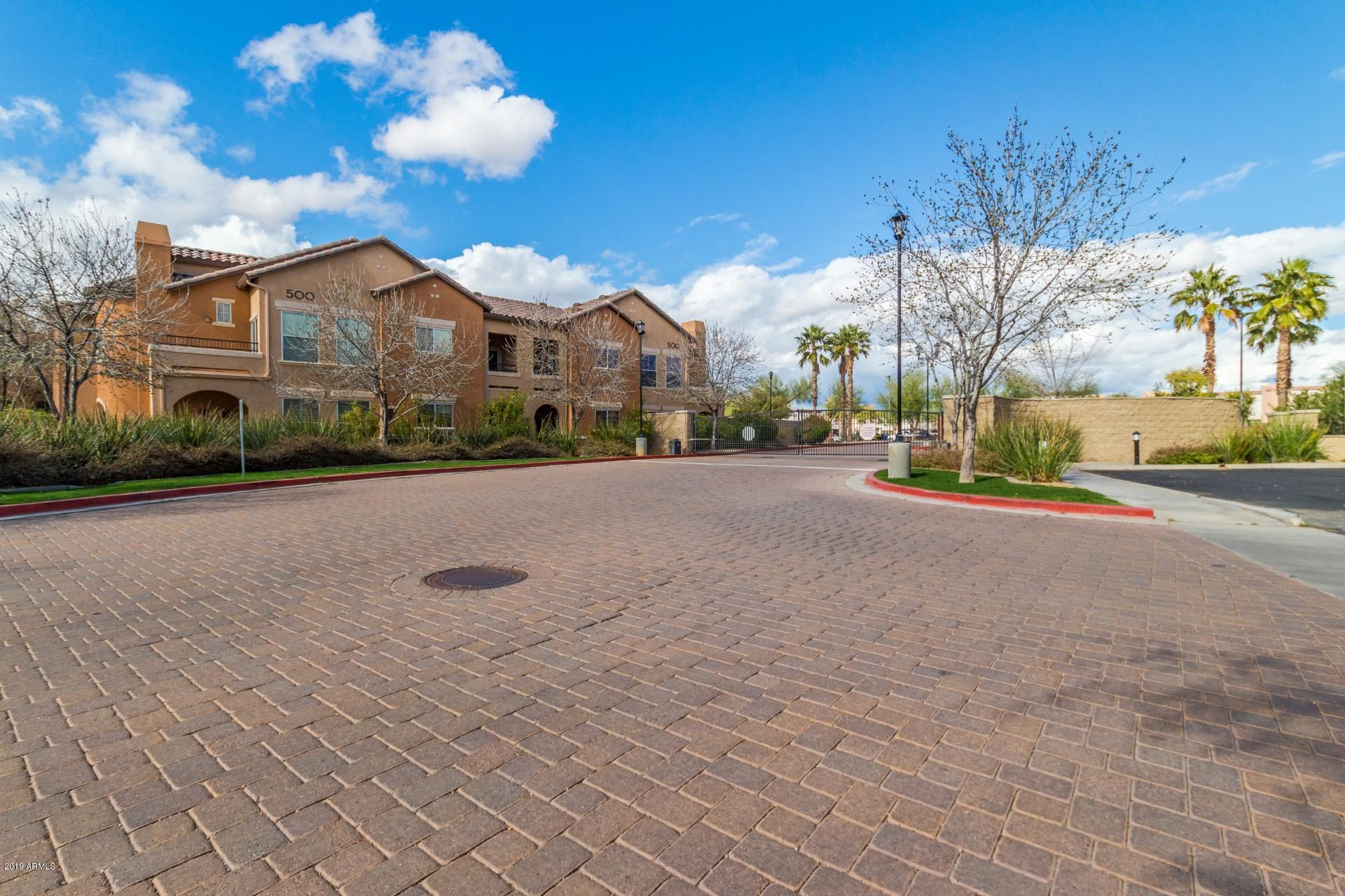 MLS 5879477 14575 W MOUNTAIN VIEW Boulevard Unit 11323, Surprise, AZ Surprise AZ Luxury