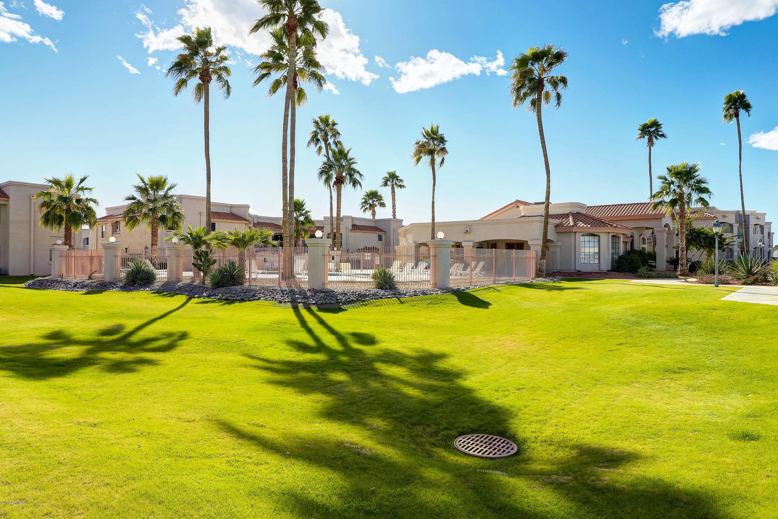 MLS 5879544 9151 W GREENWAY Road Unit 264, Peoria, AZ Peoria AZ Gated