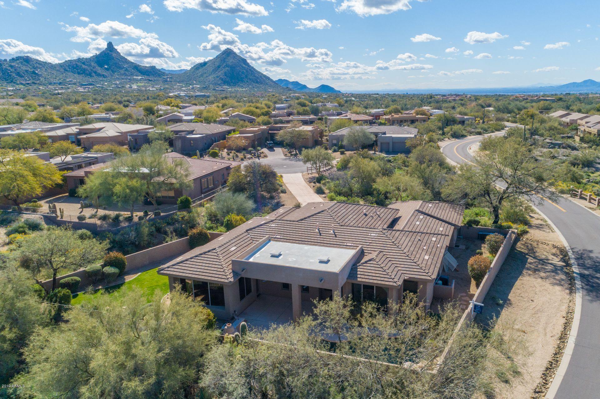 Photo of 9334 E DALE Lane, Scottsdale, AZ 85262