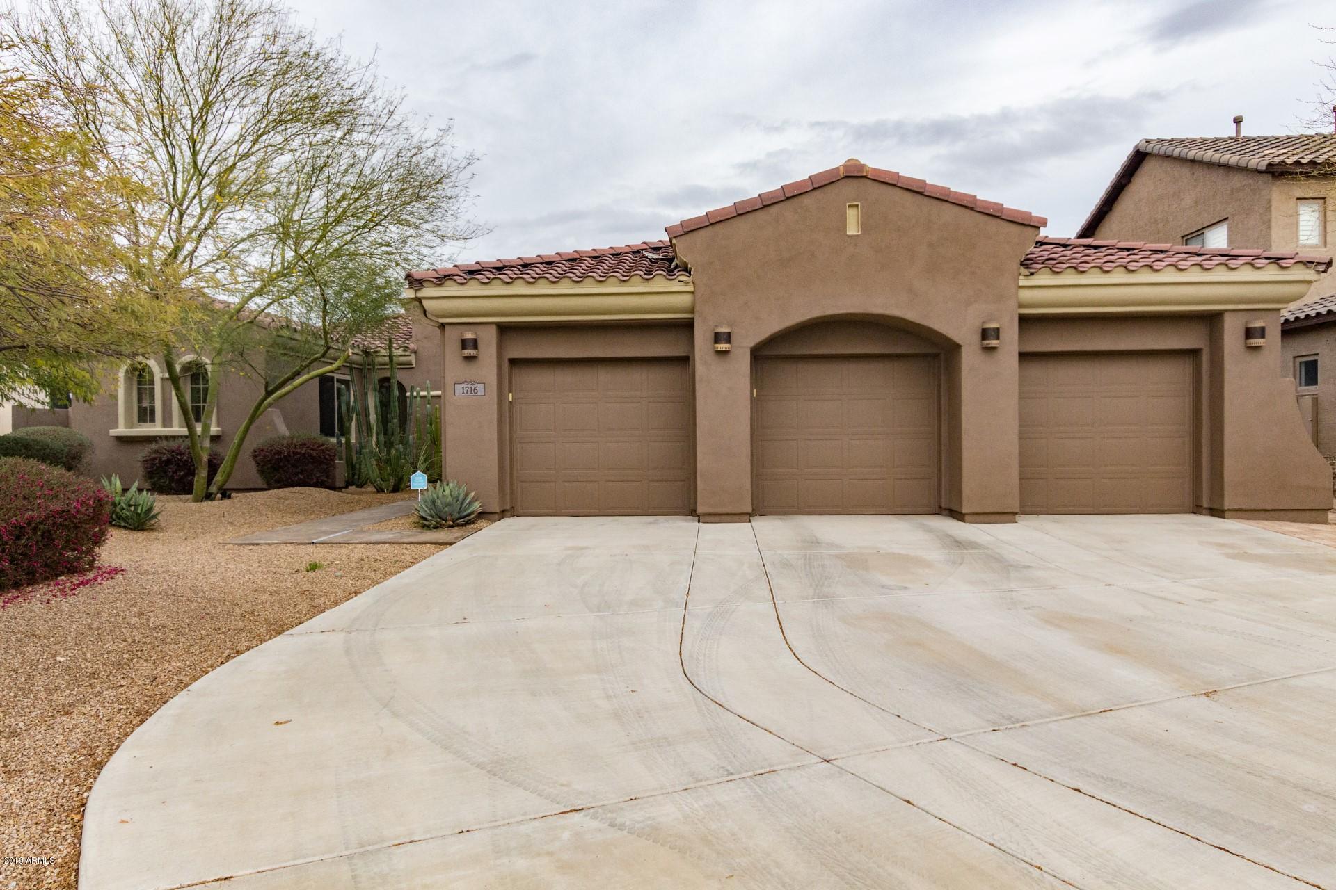 Photo of 1716 W CALLE MARITA --, Phoenix, AZ 85085