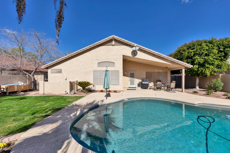 MLS 5880273 2111 E RAWHIDE Street, Gilbert, AZ Gilbert AZ Finley Farms
