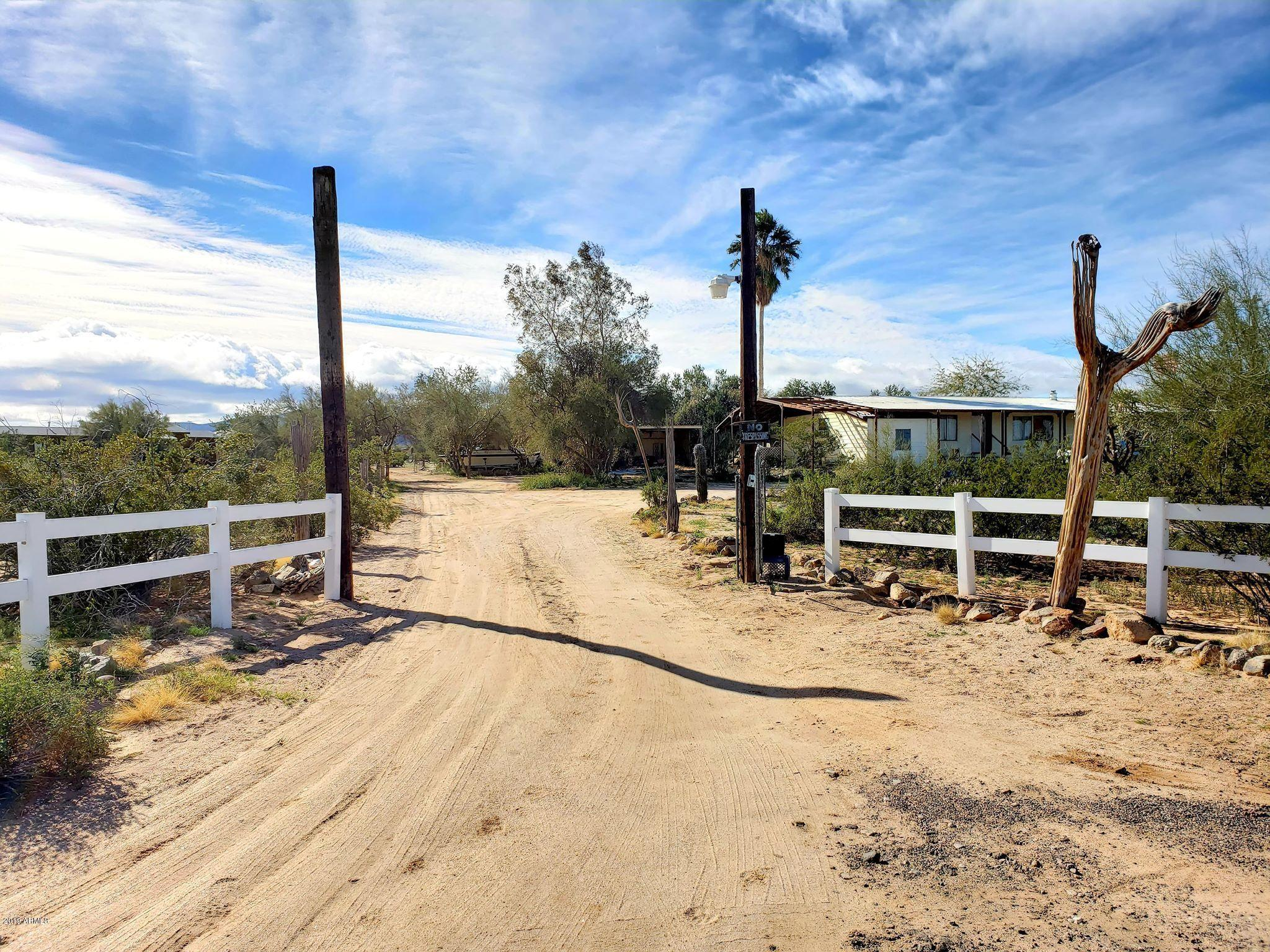 Photo of 52145 W WILDWOOD Road, Maricopa, AZ 85139
