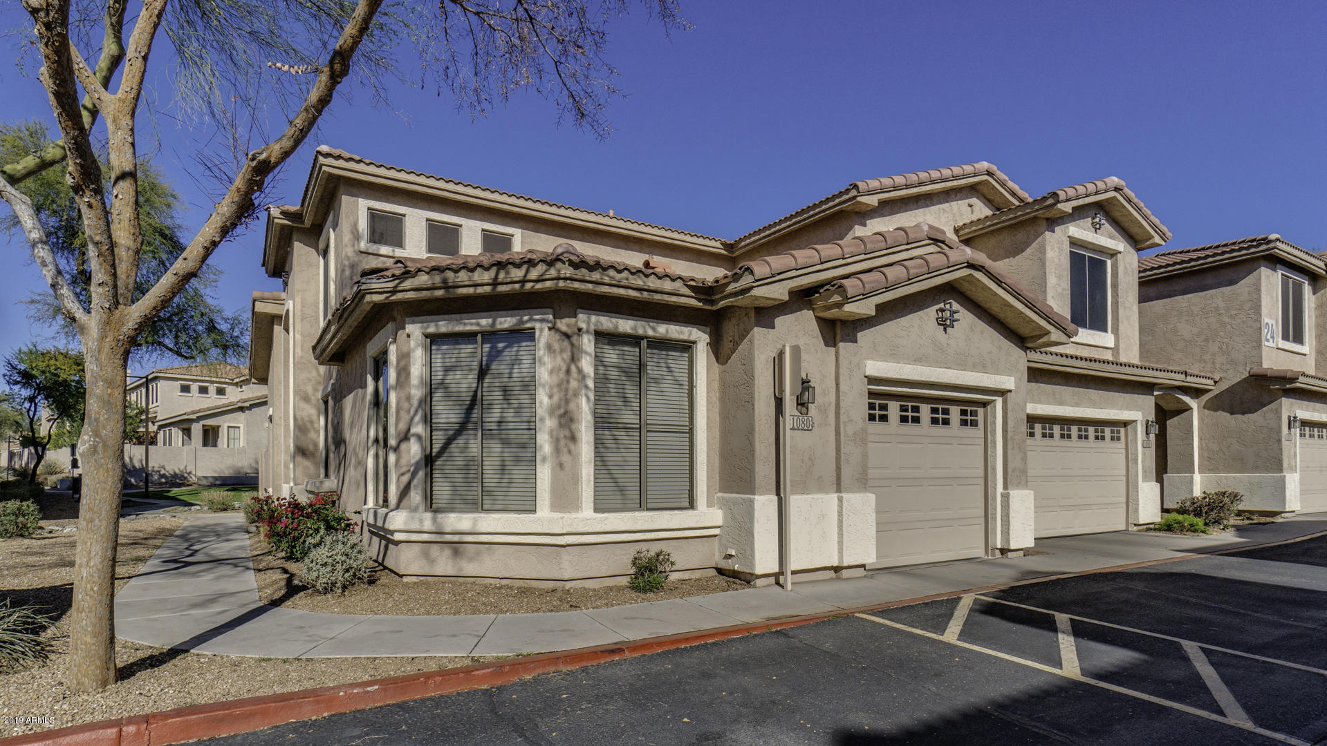 Photo of 1024 E FRYE Road #1080, Phoenix, AZ 85048