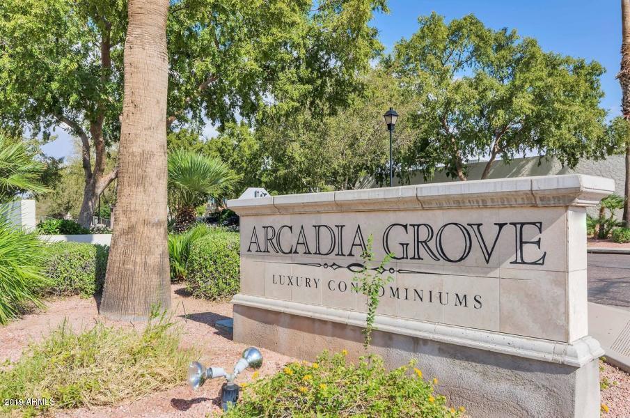 Photo of 2989 N 44th Street #2014, Phoenix, AZ 85018