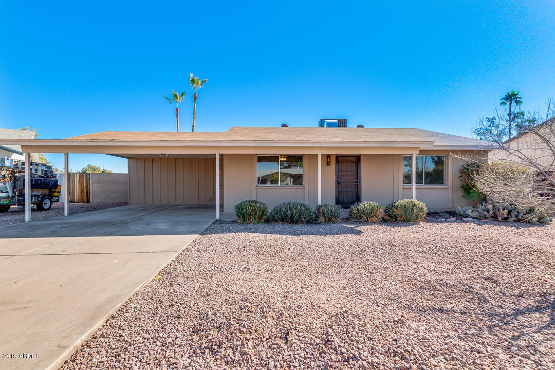 Photo of 2331 W VIA RIALTO Circle, Mesa, AZ 85202