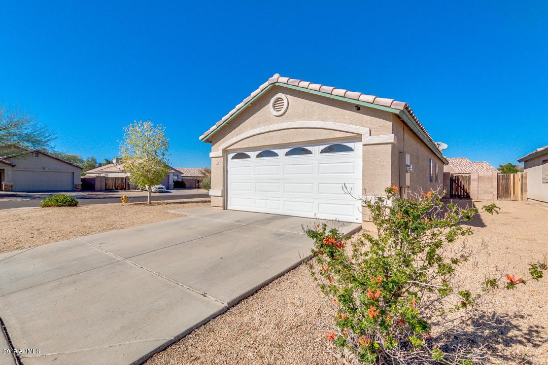 Photo of 8336 W CLEAR STREAM Drive, Phoenix, AZ 85037