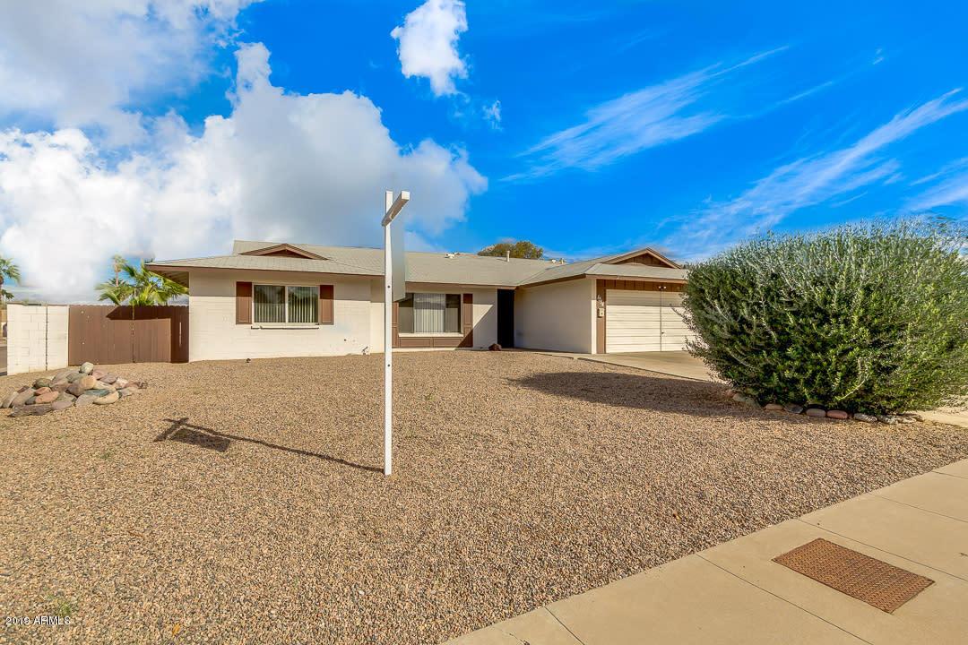 Photo of 1054 E CARSON Drive, Tempe, AZ 85282