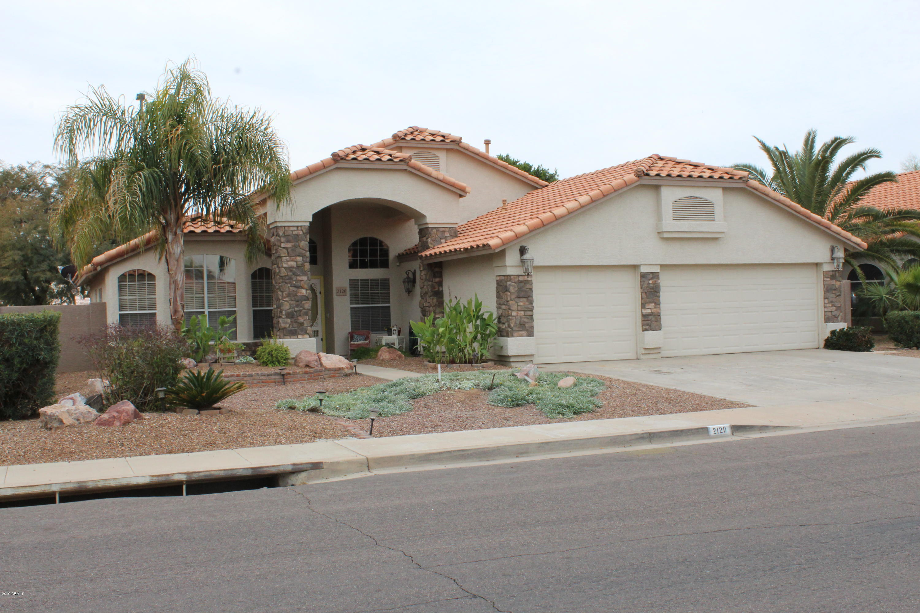 Photo of 2120 S RAVEN Circle, Mesa, AZ 85209