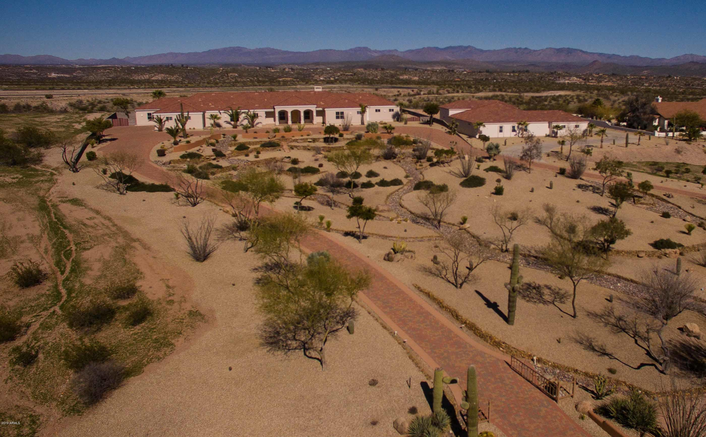 MLS 5882382 2590 W PERCHERON Road, Wickenburg, AZ 85390 Wickenburg AZ One Plus Acre Home