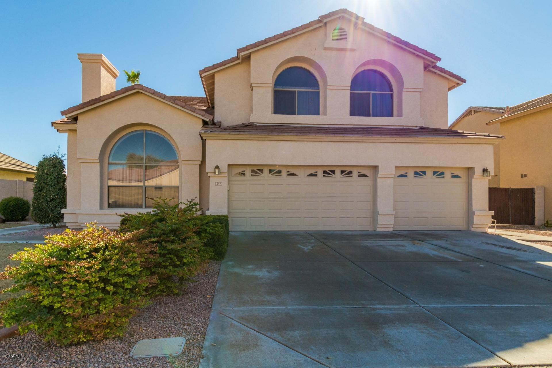 Photo of 857 E GAIL Drive, Gilbert, AZ 85296