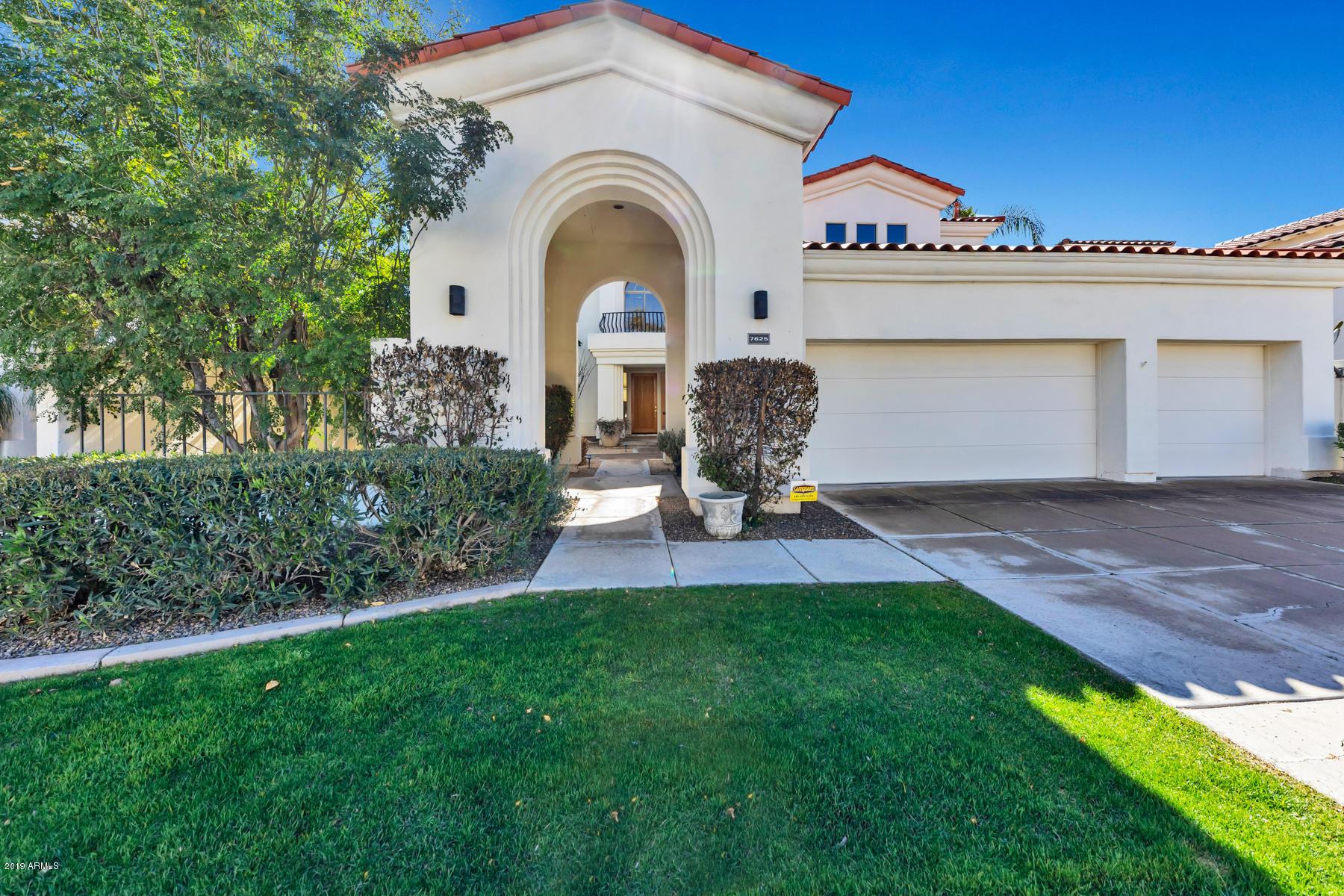 Photo of 7625 E Cactus Wren Road, Scottsdale, AZ 85250