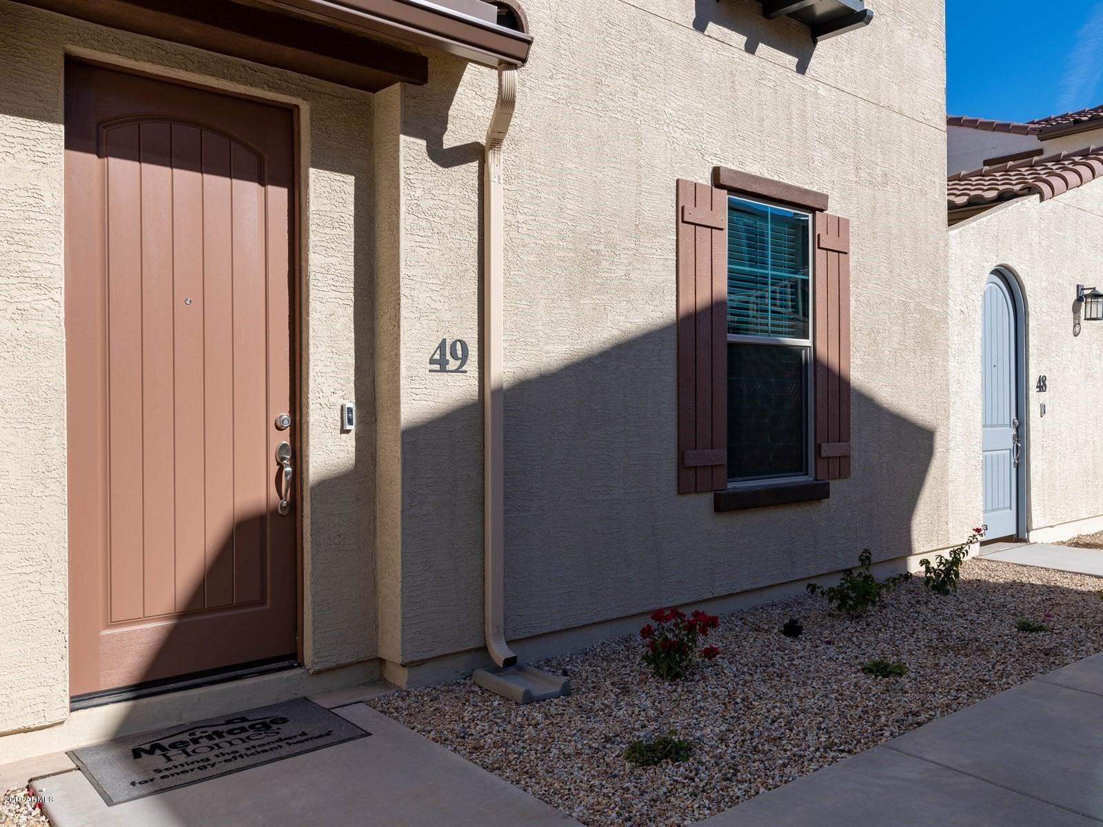 Photo of 3855 S MCQUEEN Road #H49, Chandler, AZ 85286