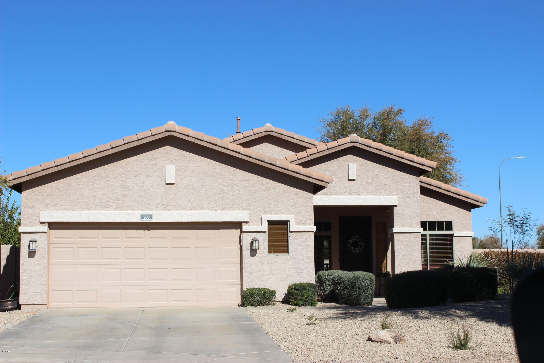Photo of 988 E LIBRA Place, Chandler, AZ 85249