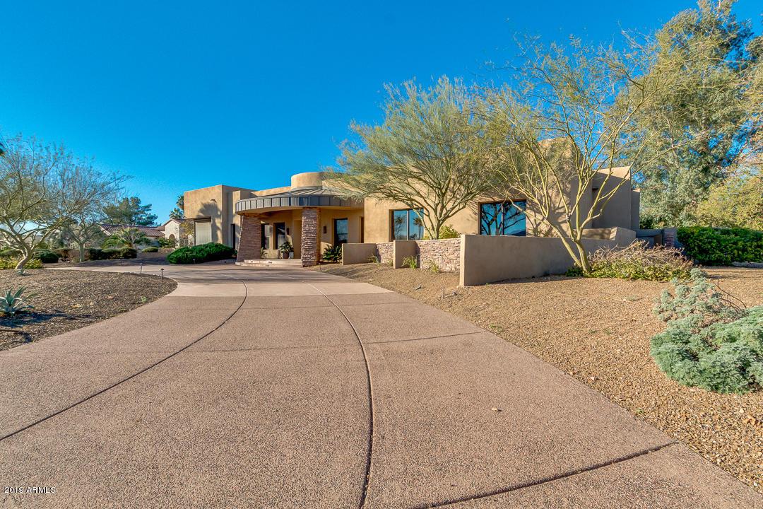 Photo of 6120 E VIA ESTRELLA Avenue, Paradise Valley, AZ 85253