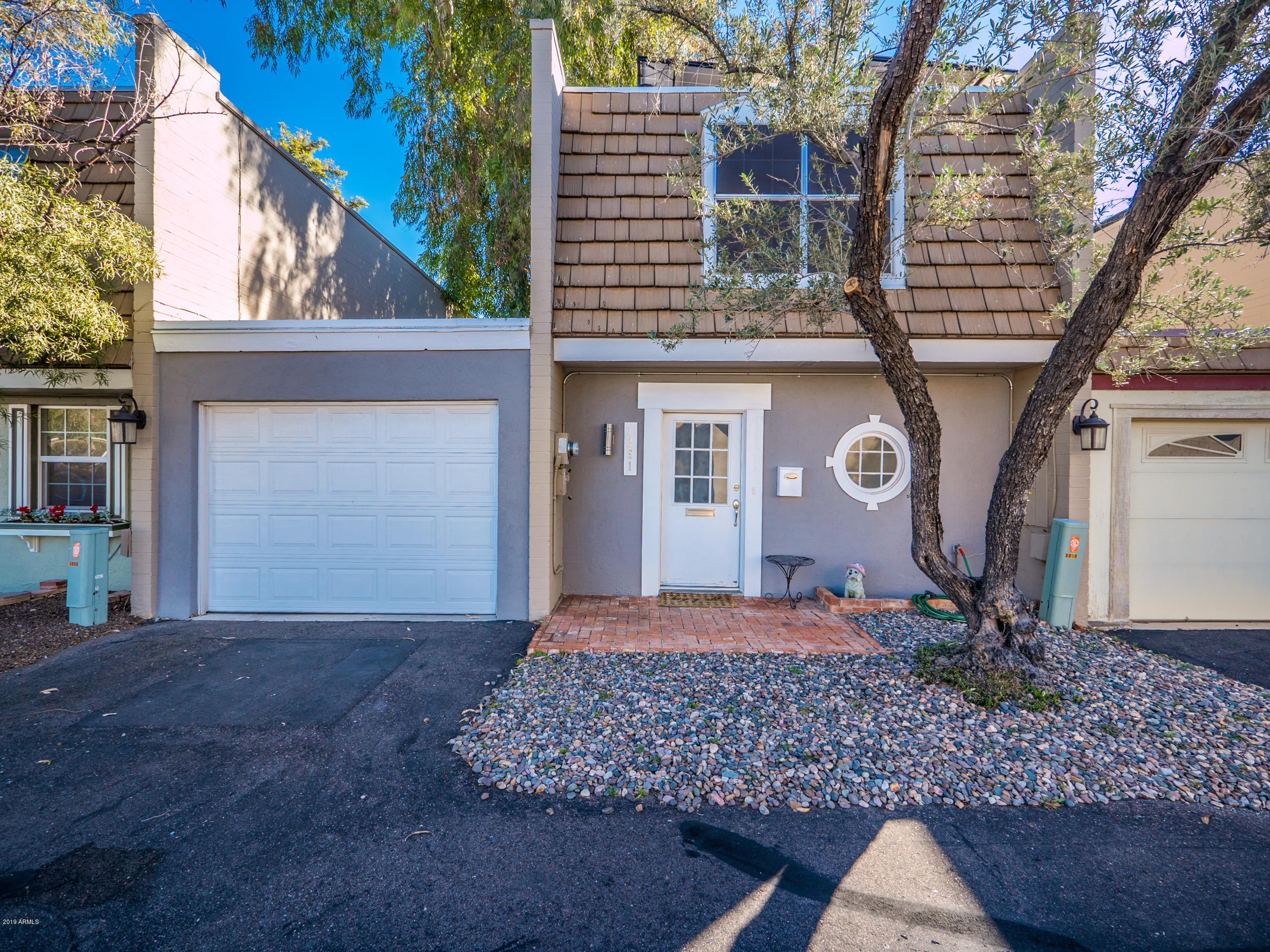 Photo of 1251 E MEDLOCK Drive, Phoenix, AZ 85014