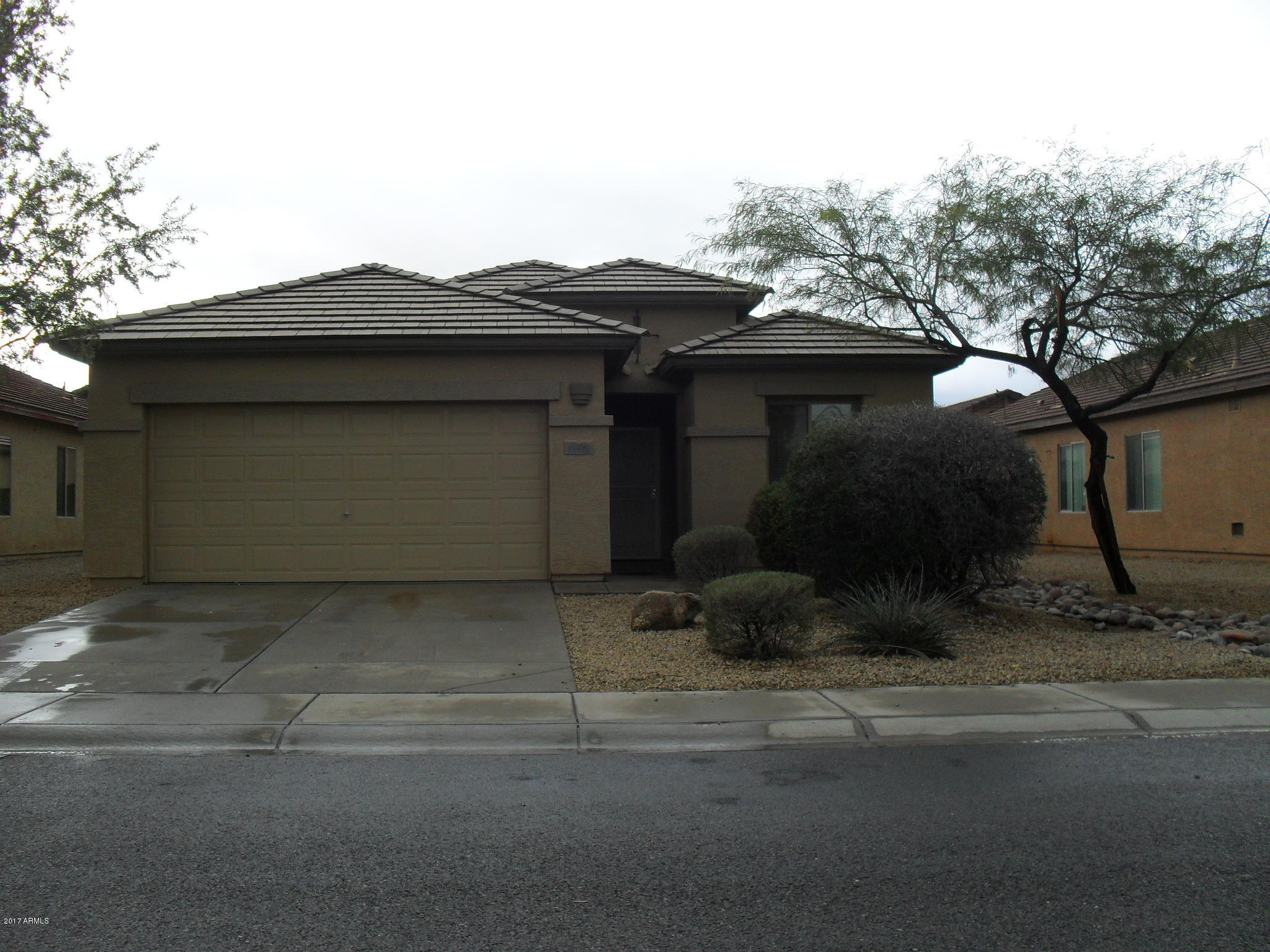 Photo of 11609 W LINCOLN Street, Avondale, AZ 85323