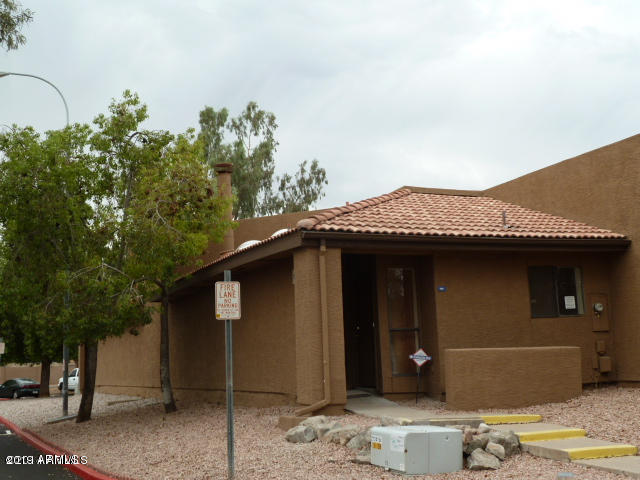Photo of 3228 W GLENDALE Avenue #166, Phoenix, AZ 85051