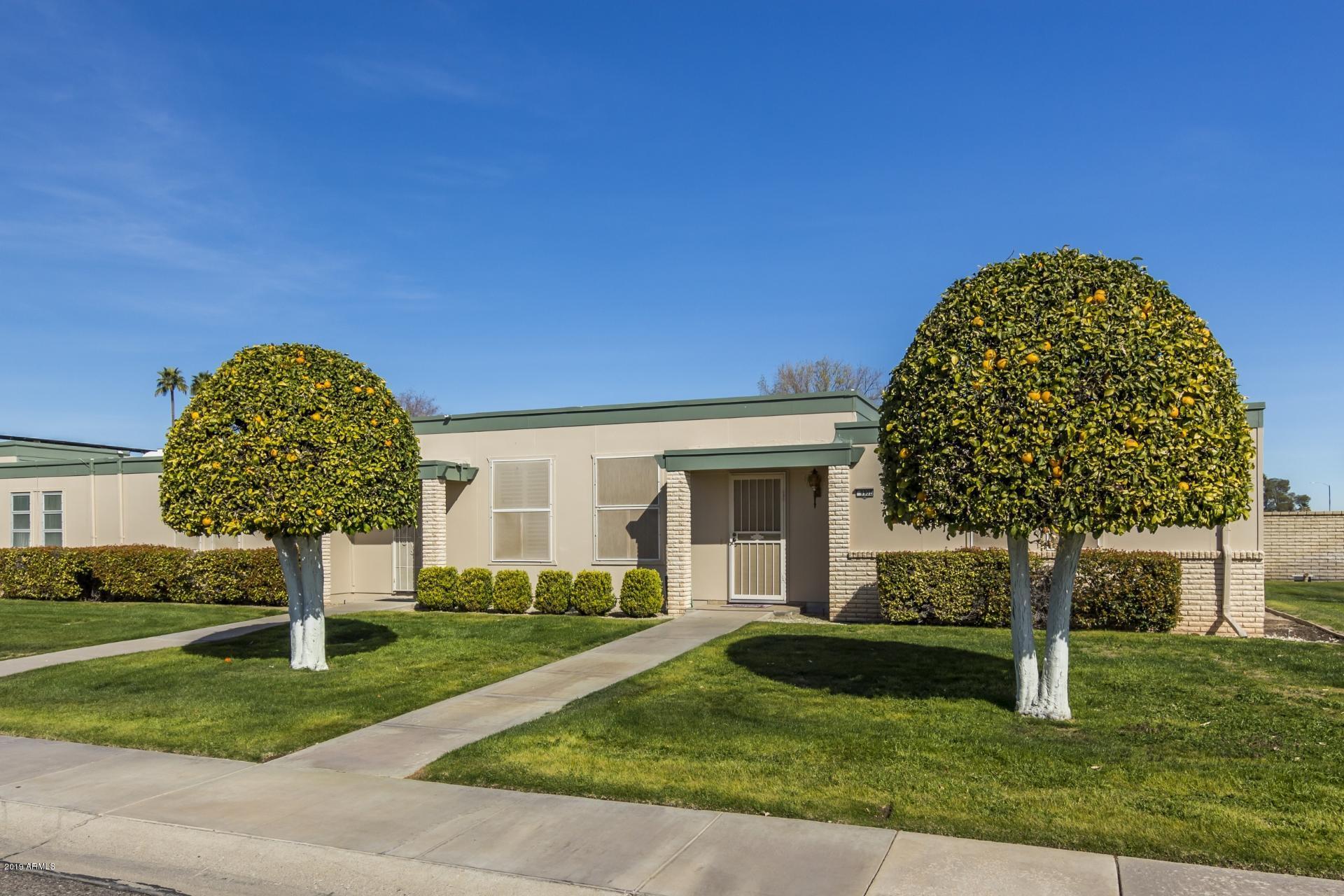 Photo of 9902 W Hawthorn Drive, Sun City, AZ 85351