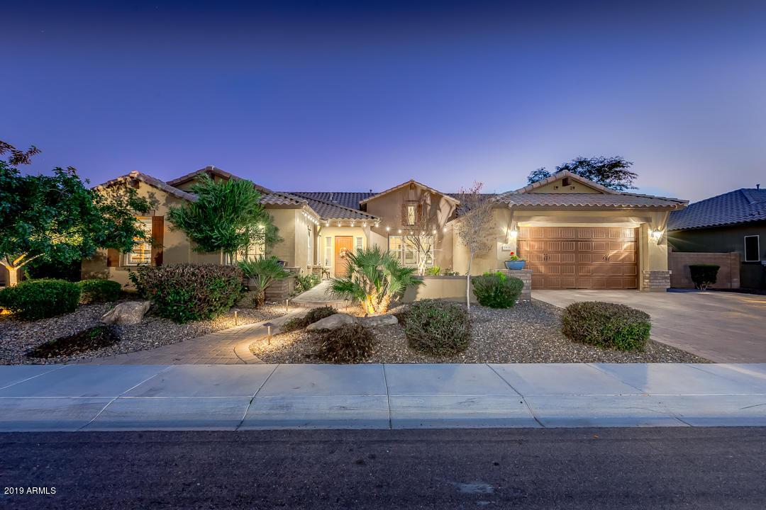 Photo of 3931 E ENROSE Street, Mesa, AZ 85205