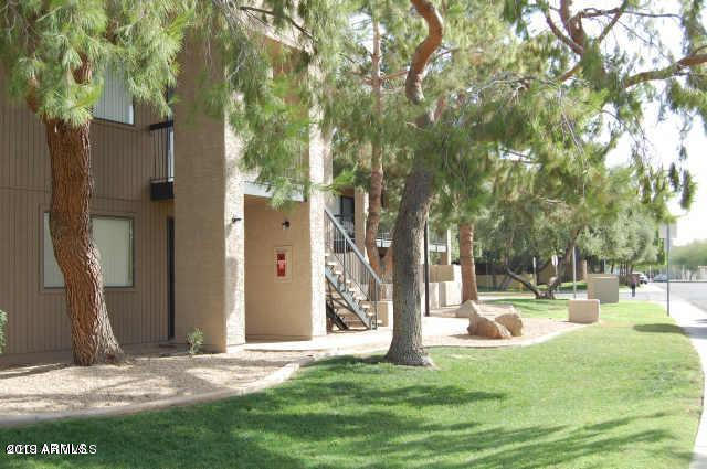 Photo of 3810 N MARYVALE Parkway #2011, Phoenix, AZ 85031