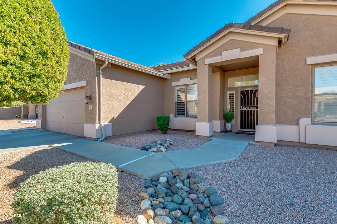 Photo of 1053 E BUENA VISTA Drive, Chandler, AZ 85249