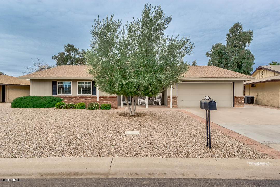 Photo of 644 S ESSEX Lane, Mesa, AZ 85208