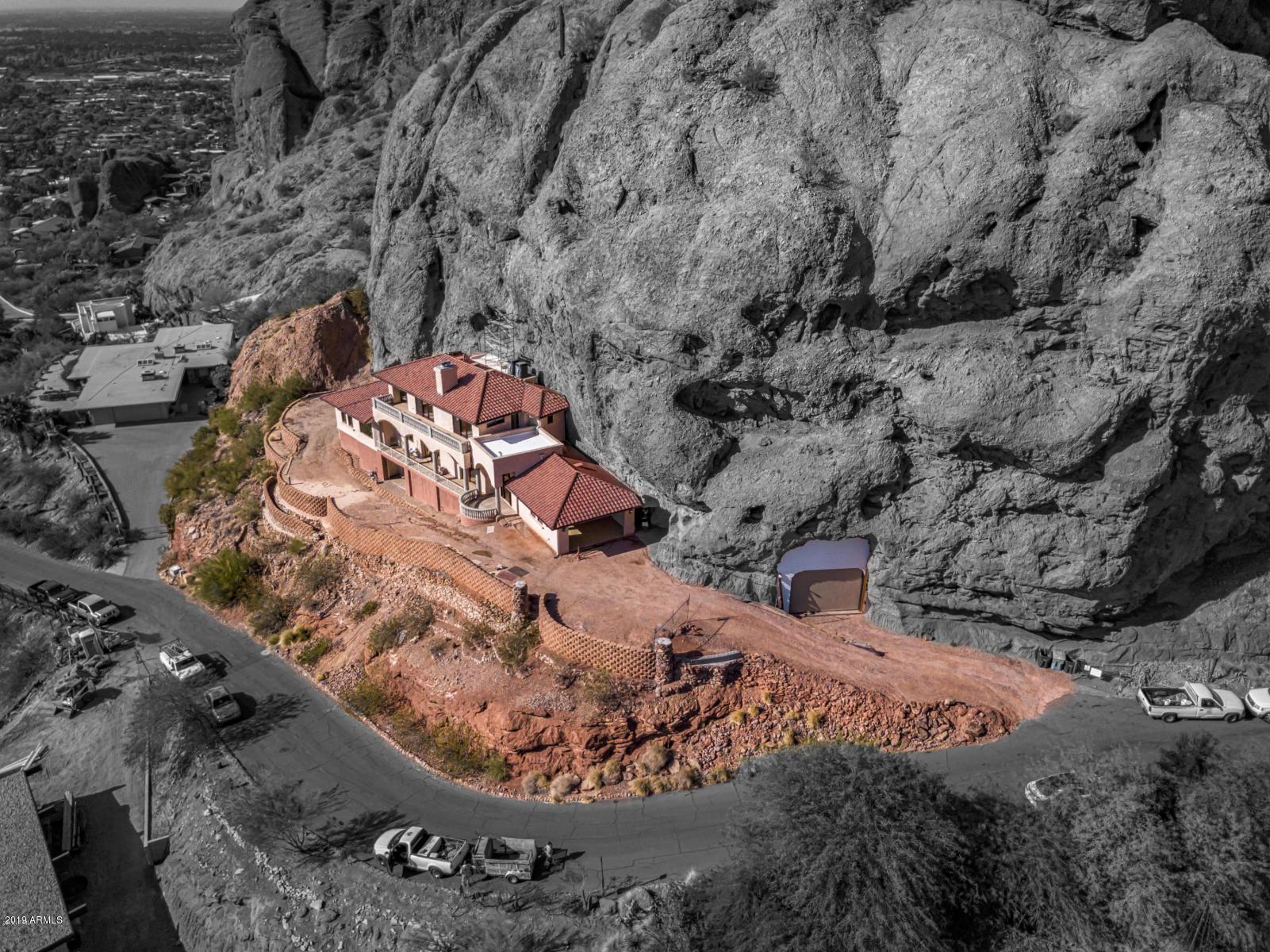 Photo of 4926 E RED ROCK Drive, Phoenix, AZ 85018