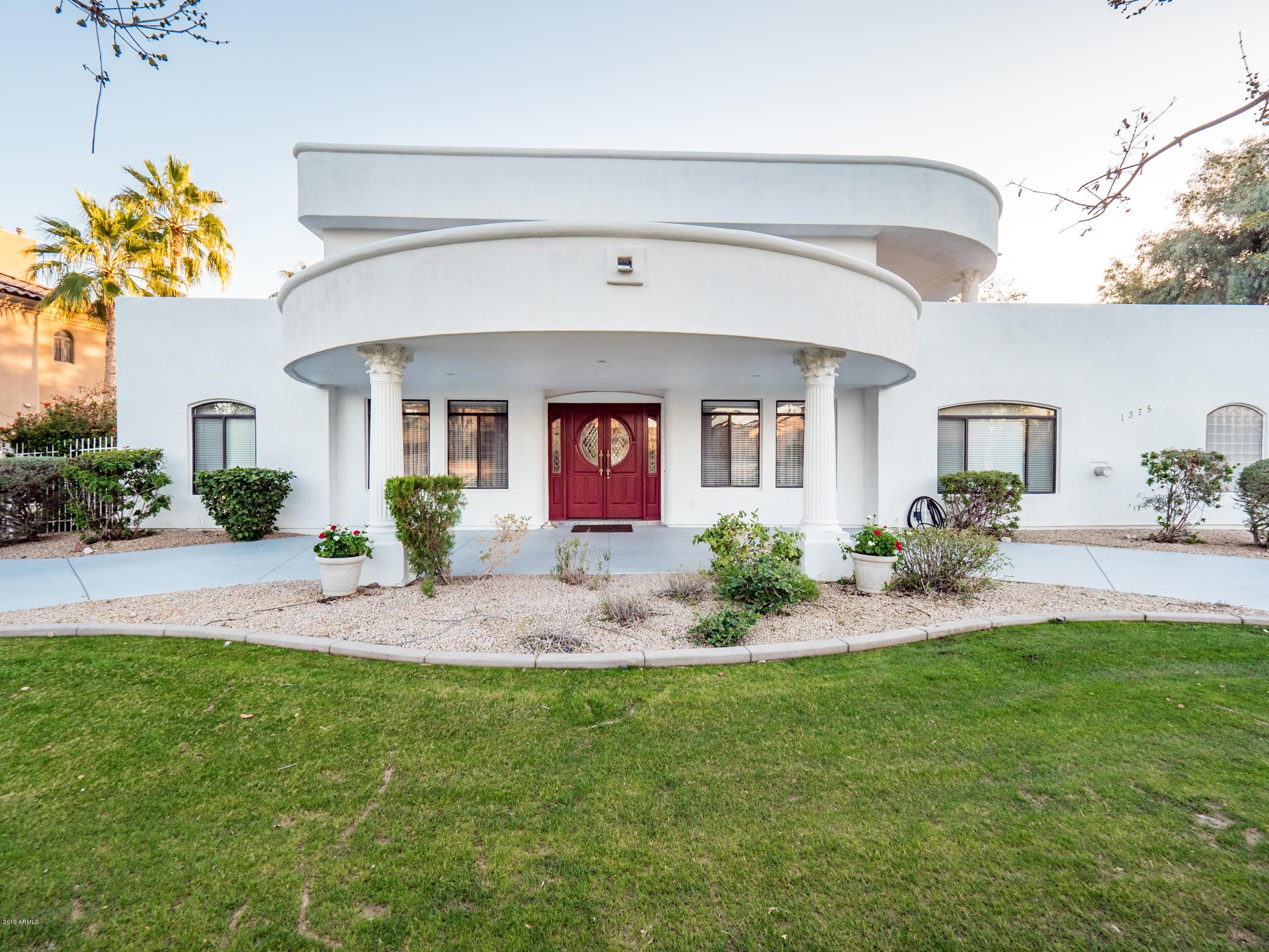 Photo of 1375 W ISLAND Circle, Chandler, AZ 85248