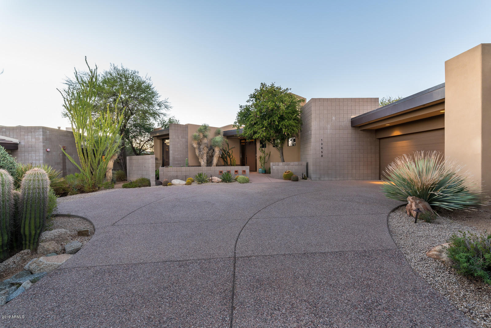 Photo of 10658 E FERNWOOD Lane, Scottsdale, AZ 85262