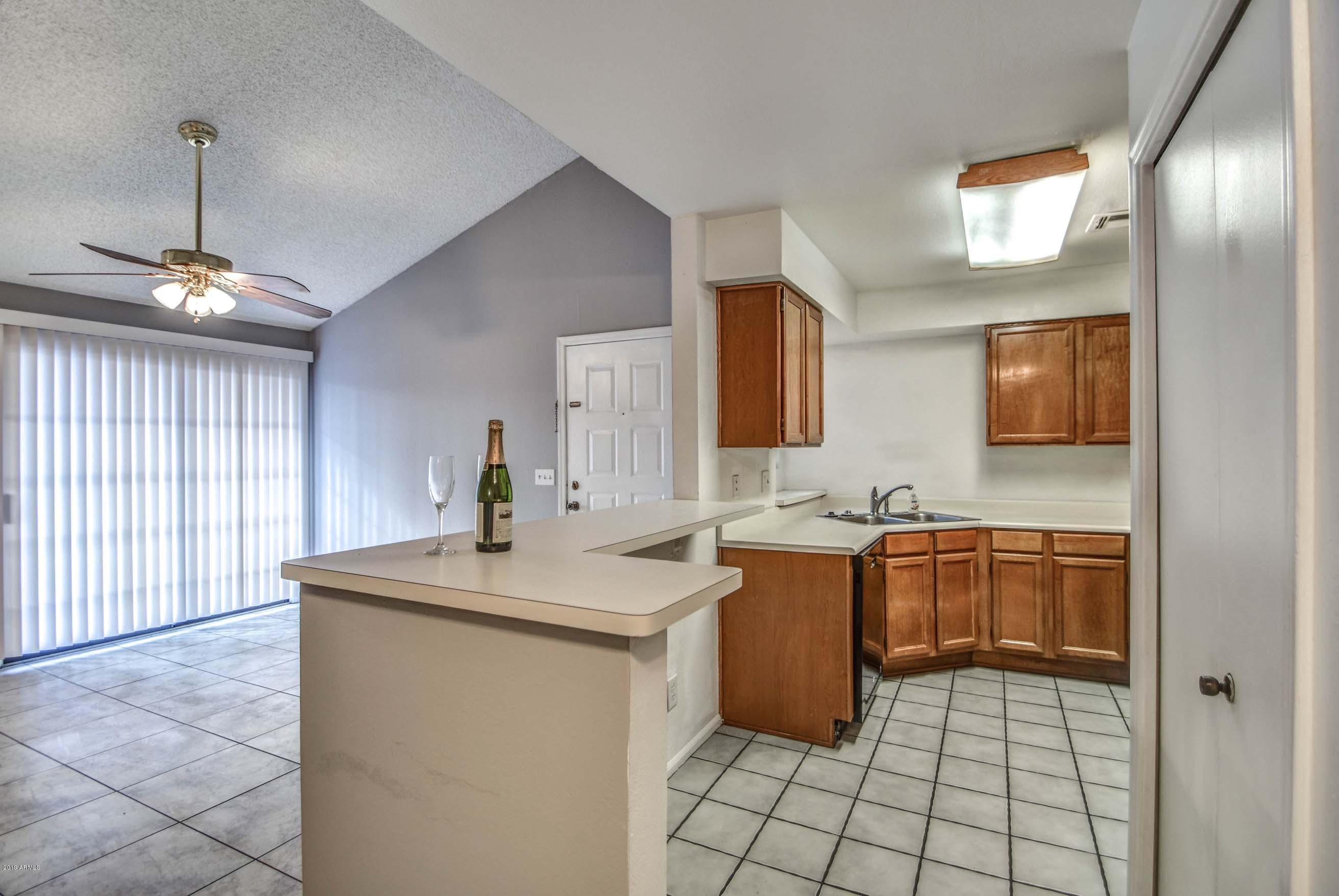 Photo of 533 W GUADALUPE Road #2103, Mesa, AZ 85210
