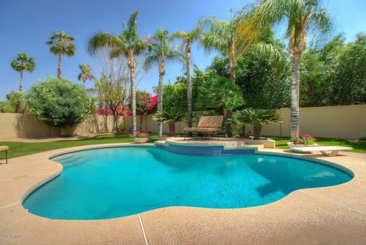 10081 E WINDROSE Drive, Scottsdale AZ 85260