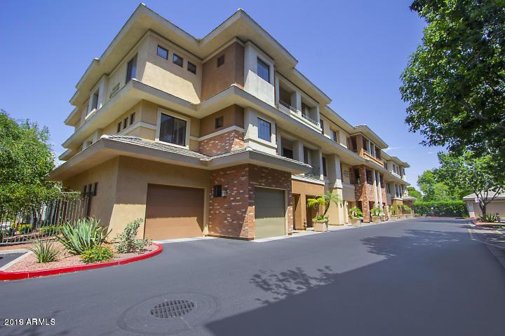 Photo of 2989 N 44TH Street #3026, Phoenix, AZ 85018